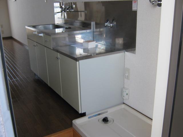 梅田ビル 205号室のキッチン