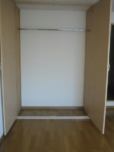 レオパレスSAFURAN 206号室の収納
