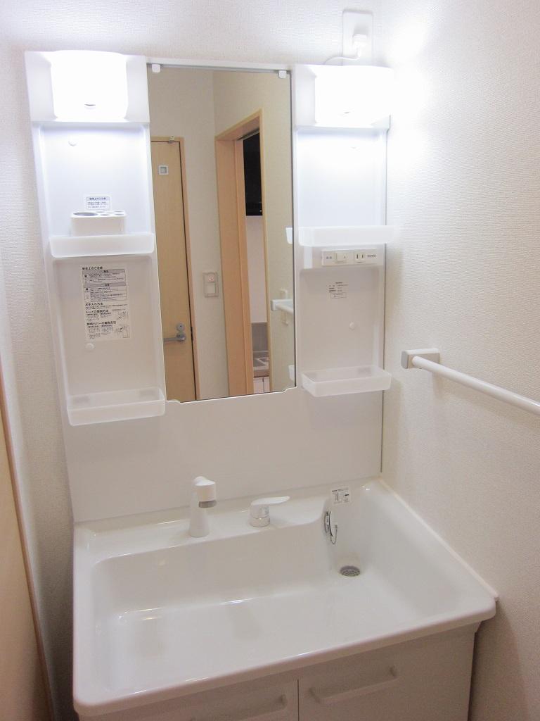 リリー 02020号室の洗面所