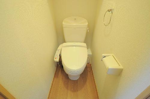 レオパレス花梨 201号室のトイレ