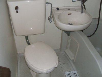 メゾン・ド・ラパン 402号室の風呂