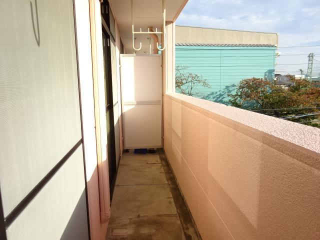 ラメゾンドゥソレイユ 101号室のバルコニー