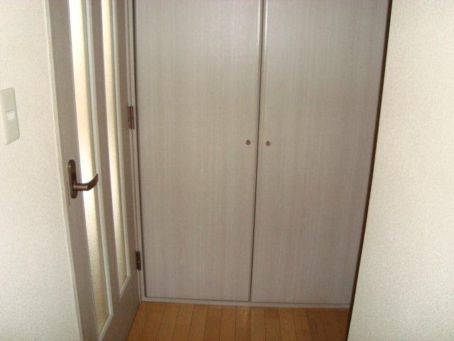 ラメゾンドゥソレイユ 101号室の設備