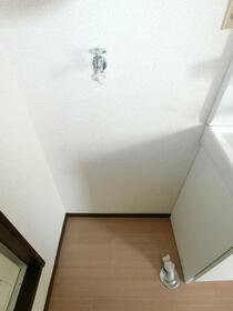 サンシティ二の宮 C202号室の洗面所