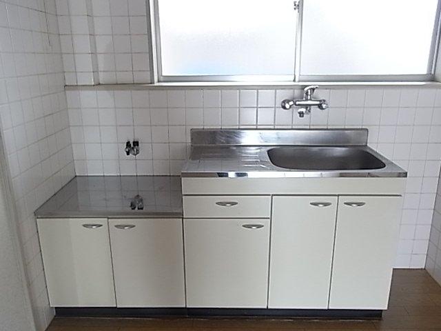 レジデンス伊藤 00202号室のキッチン
