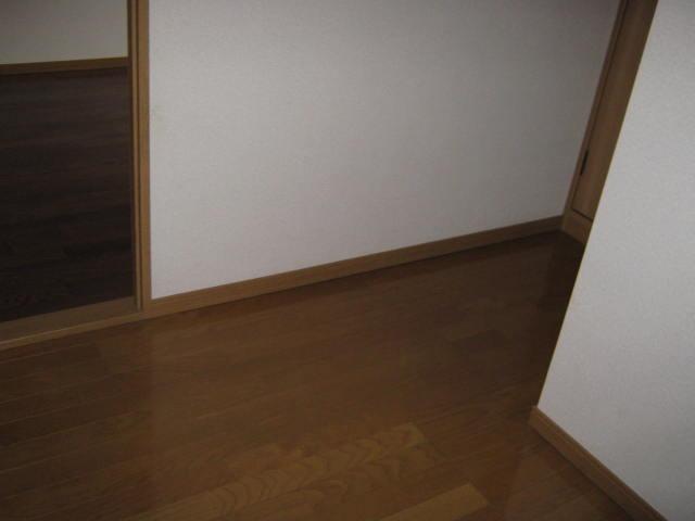 ヴェルデ・ジャルディーノB 205号室の玄関