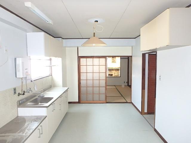 三共ビル 302号室のキッチン