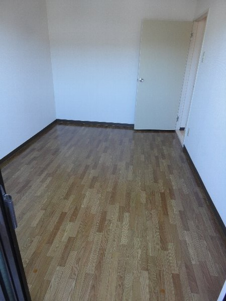 グランシャリオ 301号室の居室