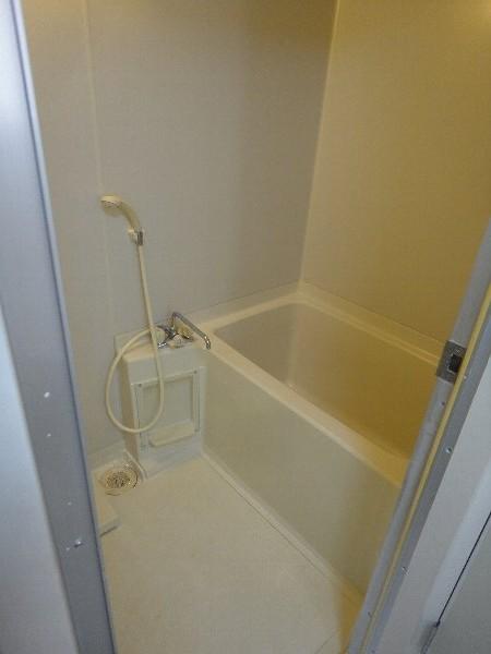 グランシャリオ 301号室の風呂