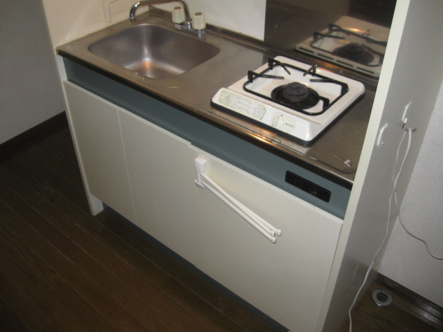 マルシィ熊谷 103号室のキッチン