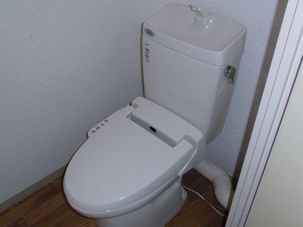 宝東起ハイツ 211号室のトイレ