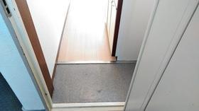 メゾン・ド・テルトル 0406号室の玄関