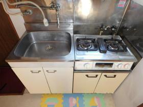 三原ハウス 201号室のキッチン