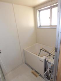 三原ハウス 201号室の風呂