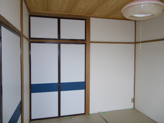 岡田ビル 302号室の収納