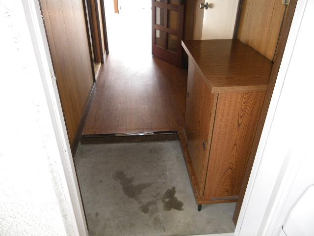 岡田ビル 302号室のバルコニー