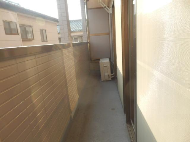 コンフォートYOU 201号室のバルコニー