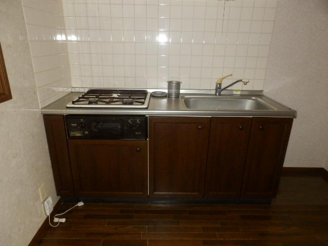 コンフォートYOU 201号室のキッチン