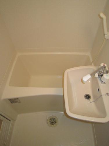 レオパレスPeace 203号室の風呂