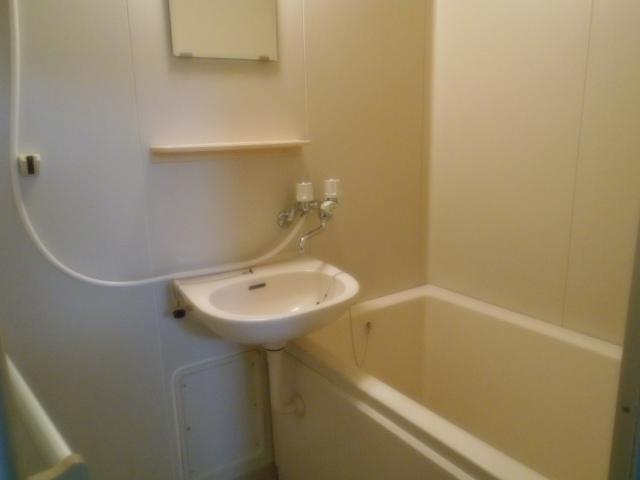 サニーハイツ原口B 202号室の風呂
