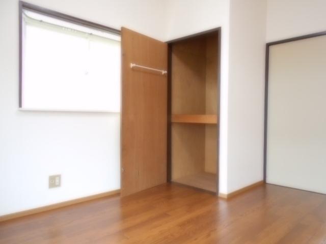 サニーハイツ原口B 204号室の収納