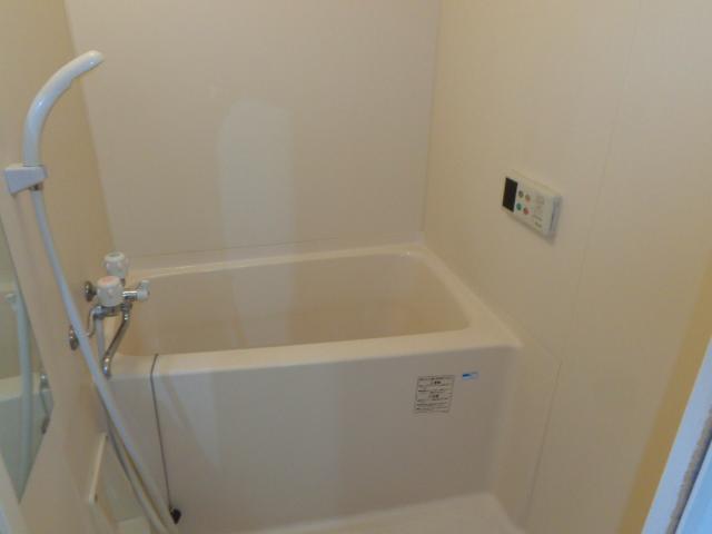 高砂ハイツ石原1 102号室の風呂