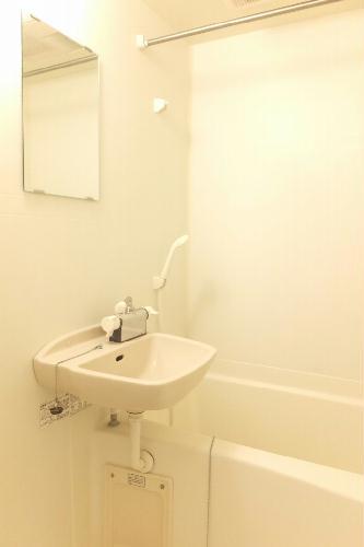 レオパレス桐生駅南 205号室の風呂