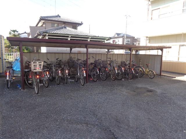大塚ハイツA 302号室の駐車場