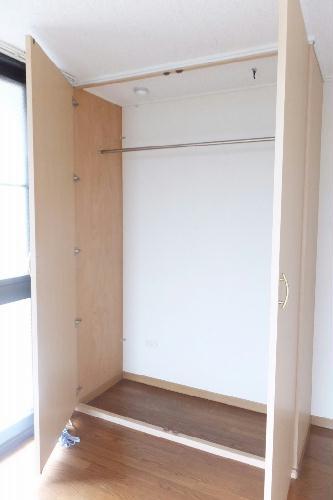 レオパレスプリマベーラⅡ 201号室の収納