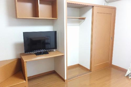 レオパレスEase 22 104号室の収納
