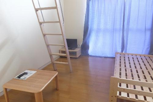 レオパレス伊勢崎第2 101号室のリビング