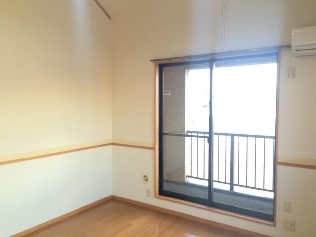 コンパートメントWクエストⅡ 1202号室のリビング