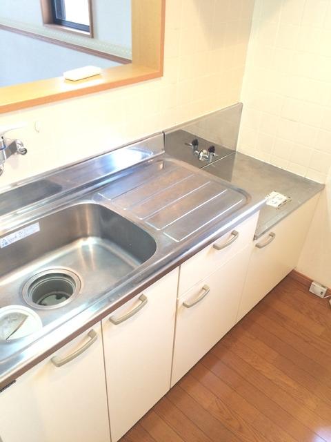 コンパートメントWクエストⅡ 1202号室のキッチン