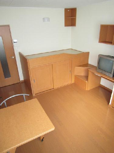 レオパレスPeace 101号室のベッドルーム