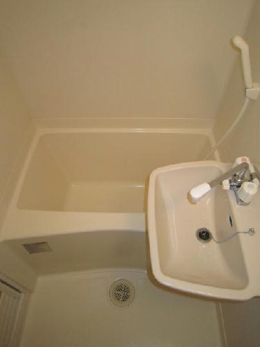 レオパレスサンブルー 108号室の風呂