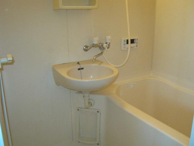 ARAIコーポ 101号室の風呂