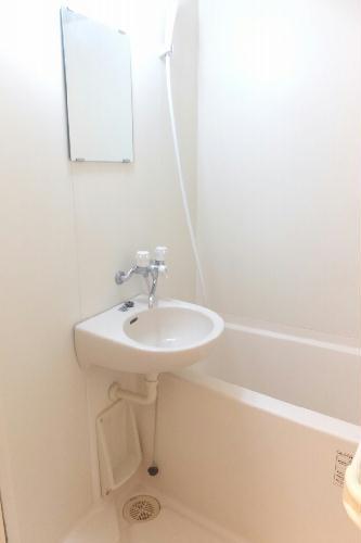 レオパレスNB 109号室の風呂