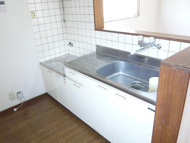 アーバン矢島 202号室のキッチン