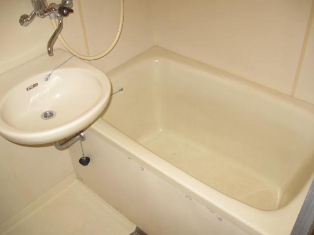 ユーコーポ 103号室の風呂