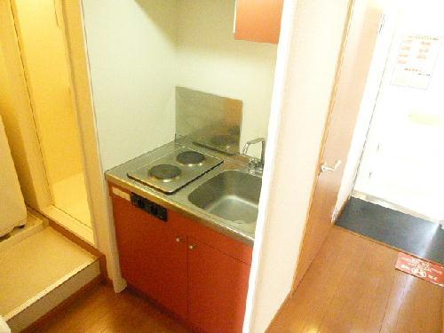 レオパレスPIPA 102号室のキッチン