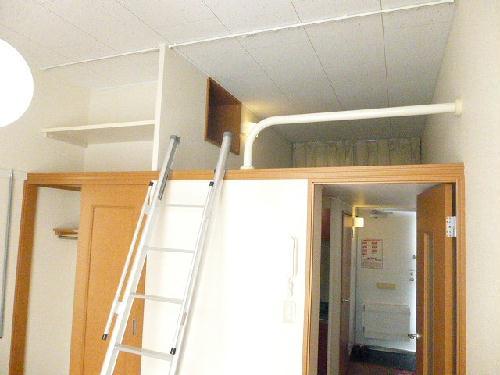 レオパレスPIPA 102号室の収納