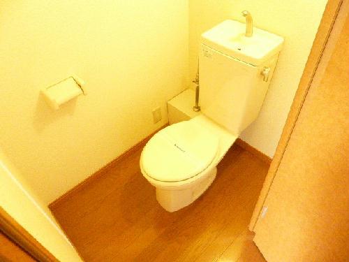 レオパレスPIPA 102号室のトイレ