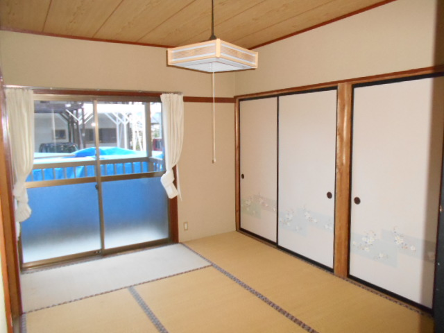 アンドウハイツⅡ A号室の居室