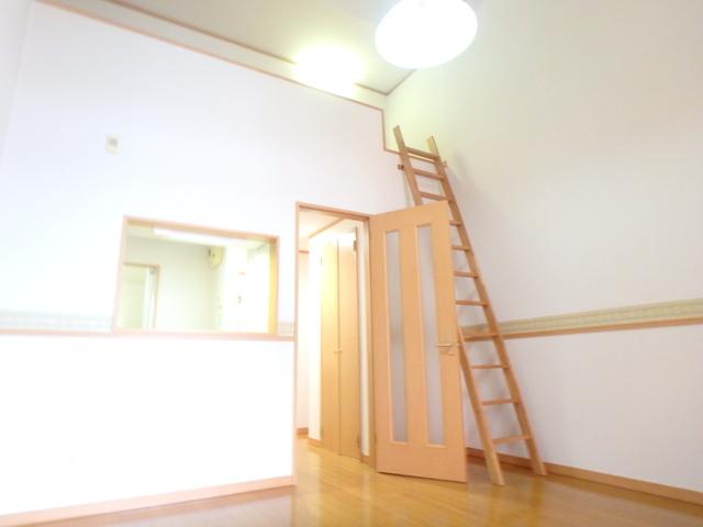 コンパートメントEクエスト 1203号室のリビング