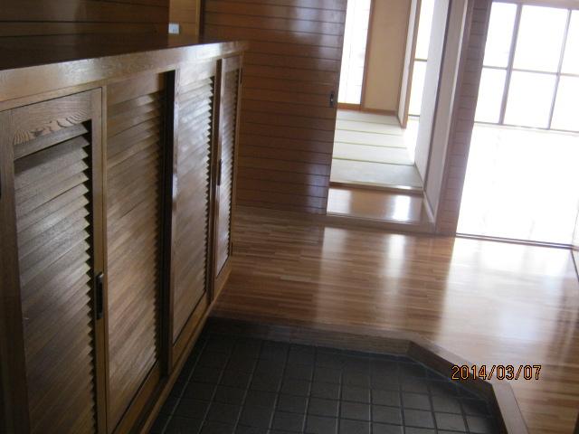 コーポTAKAHASHI 301号室の玄関