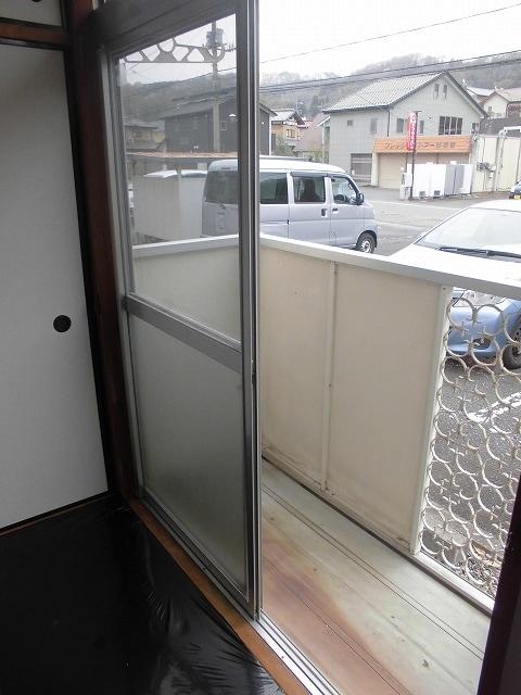 メゾンオザワ 01030号室のバルコニー