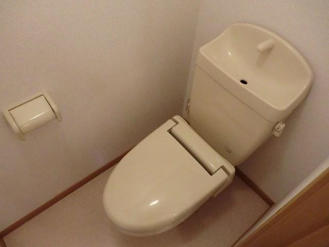 ブランシェヴィーC 02040号室のトイレ