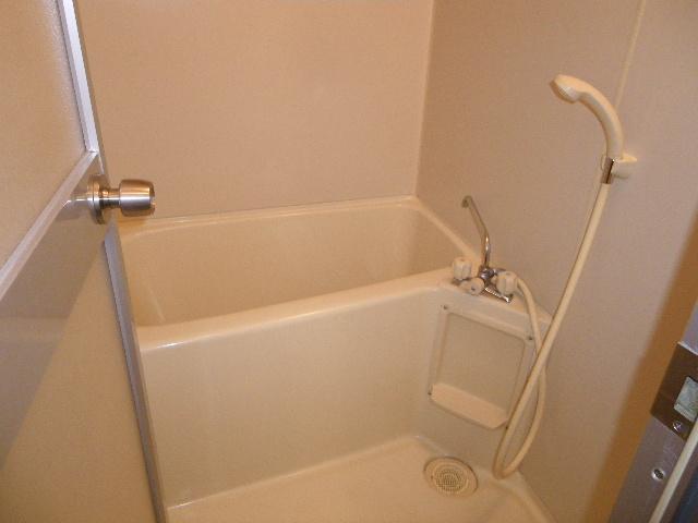 サン・ハピネス 207号室の風呂