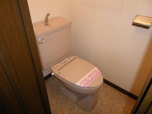 サン・ハピネス 207号室のトイレ