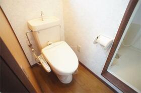 ターフあガーデン 201号室のトイレ